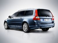 2012 Volvo V70, 1 of 2
