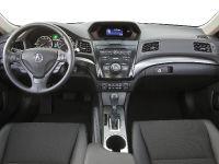 2013 Acura ILX Sedan , 17 of 20