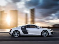 2013 Audi R8 V10 Coupe, 2 of 4