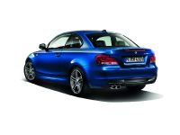 2013 BMW 135is Coupe and Convertible US, 4 of 9