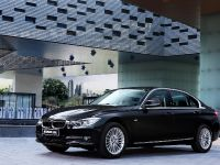 2013 BMW 3-Series Li, 14 of 25