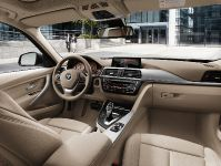 2013 BMW 3-Series Touring, 41 of 43