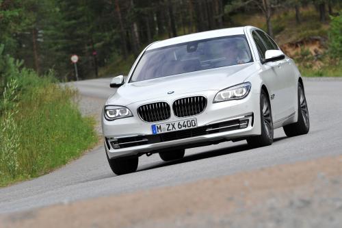 2013 BMW 7 Series Facelift [видео]