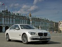 2013 BMW 7 Series , 4 of 41