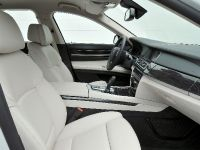 2013 BMW 7 Series , 28 of 41