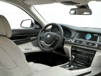 2013 BMW 7 Series , 29 of 41