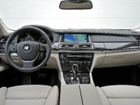 2013 BMW 7 Series , 30 of 41