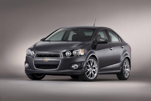 2013 Chevrolet Sonic Dusk представила [видео]