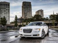 2013 Chrysler 300 Motown Edition, 3 of 23
