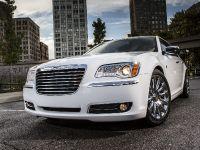 2013 Chrysler 300 Motown Edition, 10 of 23