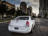 2013 Chrysler 300 Motown Edition, 11 of 23