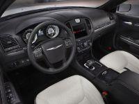 2013 Chrysler 300 Motown Edition, 18 of 23