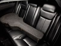 2013 Chrysler 300C John Varvatos Limited Edition , 8 of 23