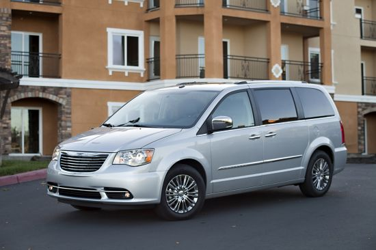 2013 chrysler town and country s picture 77466. Black Bedroom Furniture Sets. Home Design Ideas