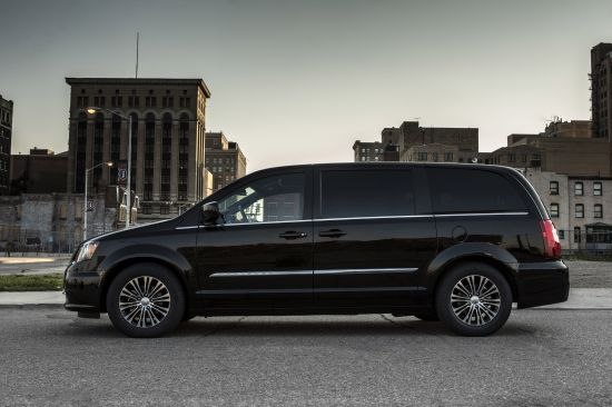 Chrysler Town And Country S