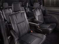 2013 Chrysler Town And Country S , 15 of 19