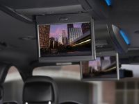2013 Chrysler Town And Country S , 17 of 19