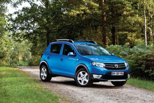 2013 Dacia Sandero Stepway, 1 of 4