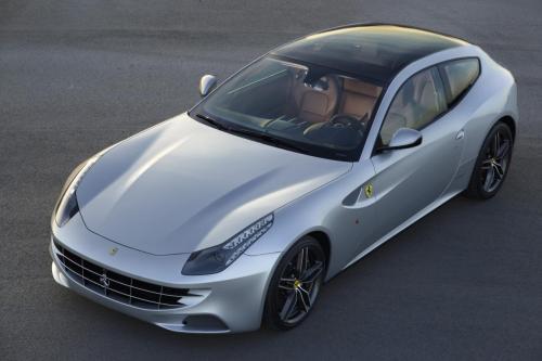 2013 Ferrari FF с панорамной крышей