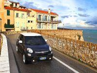 2013 Fiat 500L, 15 of 48