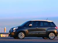 2013 Fiat 500L, 38 of 48