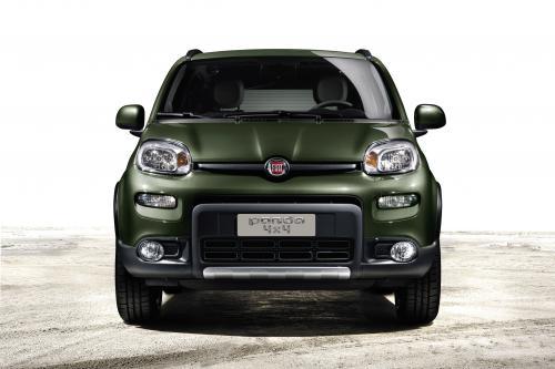 2013 Fiat Panda 4x4 дебютирует в Париже