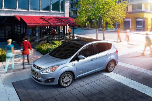 2013 Ford C-MAX Energi Plug-In Hybrid обеспечивает 550-Мильной диапазона [видео]