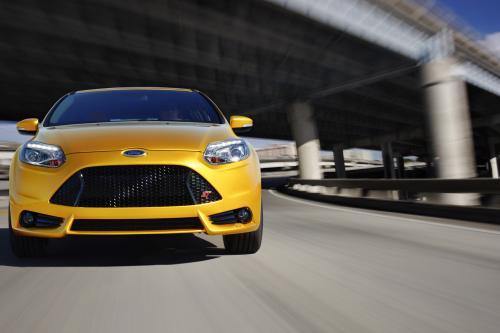 2013 Ford Focus ST поступит в продажу