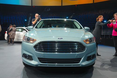 2013 Ford Fusion на NAIAS