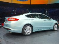 Ford Fusion Detroit 2012, 4 of 5