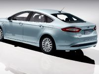 2013 Ford Fusion Energi, 2 of 8