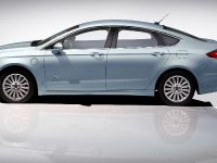 2013 Ford Fusion Energi, 3 of 8