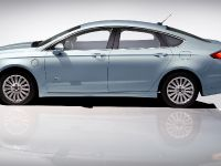 2013 Ford Fusion Energi, 5 of 8
