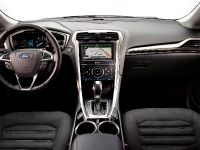 2013 Ford Fusion Hybrid, 4 of 13