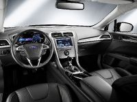 2013 Ford Mondeo UK, 3 of 3