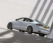 2013 Ford Mondeo, 2 of 2