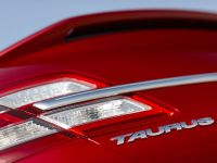 2013 Ford Taurus SHO, 4 of 19