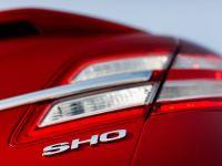 2013 Ford Taurus SHO, 7 of 19