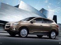 thumbnail image of 2013 Hyundai Tucson