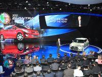 2013 Hyundai Veloster Turbo Detroit 2012, 4 of 5