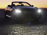 2013 Infiniti IPL G Convertible, 15 of 37