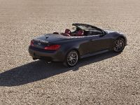 2013 Infiniti IPL G Convertible, 16 of 37