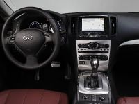 2013 Infiniti IPL G Convertible, 28 of 37