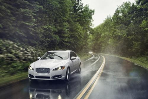 2013 Jaguar XF и XJ модели теперь Привод на все колеса