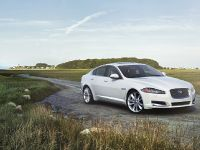 2013 Jaguar XF AWD  , 3 of 12