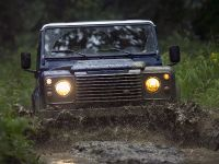 2013 Land Rover Defender UK, 11 of 24