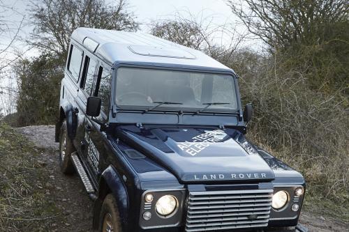2013 Land Rover Electric Defender С Премьерой В Женеве