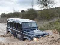 2013 Land Rover Electric Defender , 13 of 18