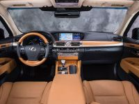 2013 Lexus LS 600h F Sport, 9 of 14