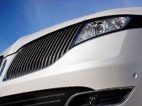2013 Lincoln MKT , 10 of 25